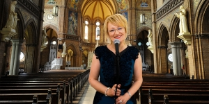 Professional Wedding and Funeral Singer